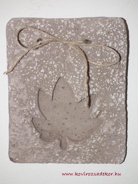 könnyűbeton falikép levél mintával, 15x20 cm, KÓD: KK 10