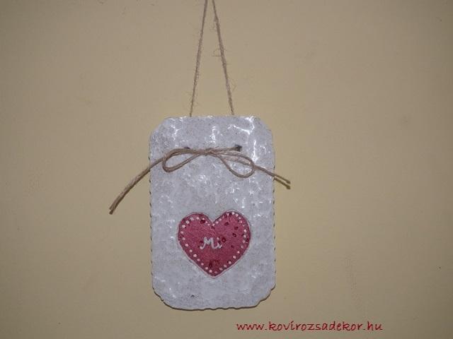 """könnyűbeton falikép szív mintával, """"Mi""""10x16,5 cm, KÓD: KK 24"""