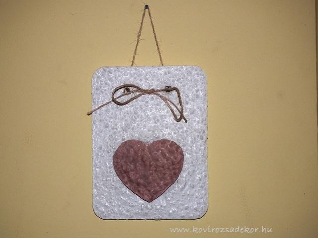 könnyűbeton falikép szív mintával, 15x20 cm, KK 26