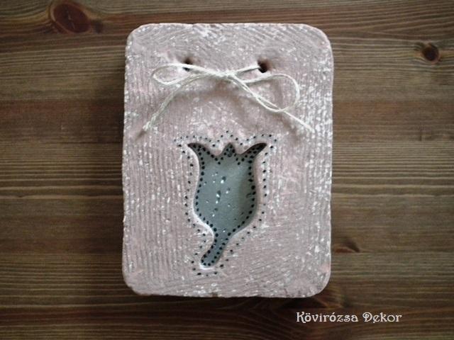 könnyűbeton falikép tulipán mintával, ezüst festés, KÓD: KK 42