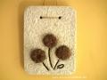 könnyűbeton falikép, bordó virágok, 15x20 cm, KÓD: KK 35