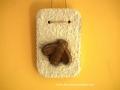 könnyűbeton falikép, méhecske, 10x16 cm, KÓD: KK 38