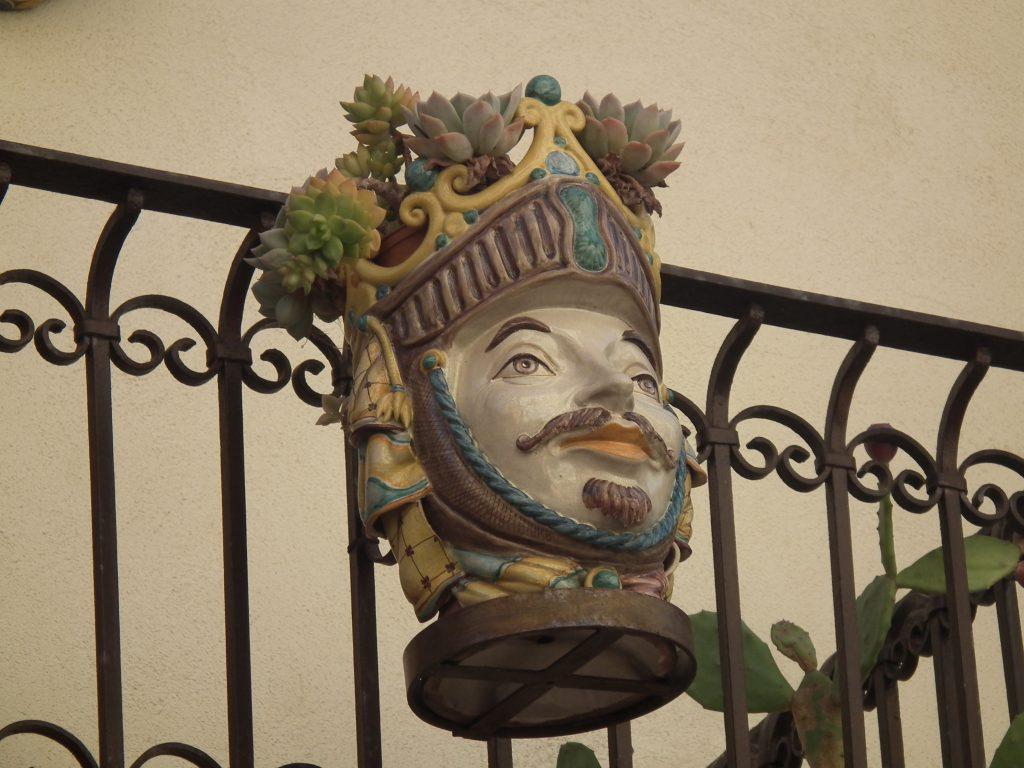 Kövirózsa Dekor, Taormina, head planter
