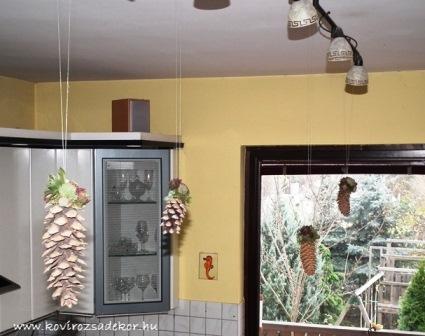 kövirózsás tobozdíszek a lakásban