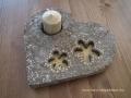 könnyűbeton gyertyatartó virág mintával, arany színű festés, 26x23 cm, KÓD: KGY 09
